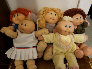 5 Original 1985 Cabbage Patch Kids dolls
