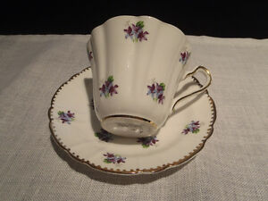 Antique Bone China Teacups and Saucers Kitchener / Waterloo Kitchener Area image 4
