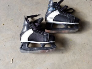 Kids skates size 12 junior and size 3