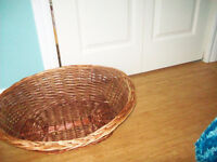 wicker medium size dog bed / with pillow