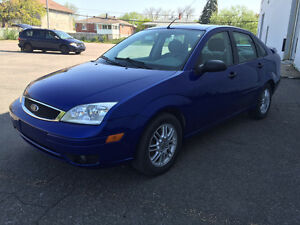 2005 FORD FOCUS  125 000 KM ** 2850$ TPS +TRANSIT INCLUS**