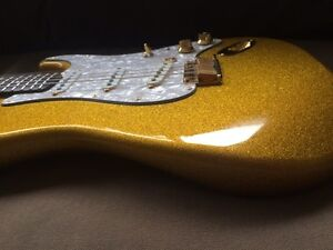 Warmoth Gold Sparkle Stratocaster