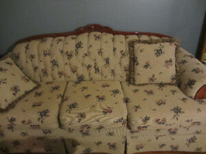 2 pc chesterfield set