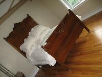 4 PIECE ANTIQUE OAK BEDROOM SET
