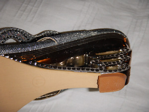 Ladies shoes high heel silver fancy size 11