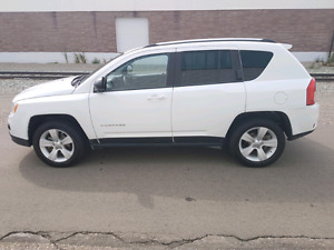 2012 Jeep Compass North Edition loaded 4 x 4