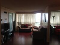 **Gorgeous 2B+Den,2FW Condo**,Scarborough,From October 1