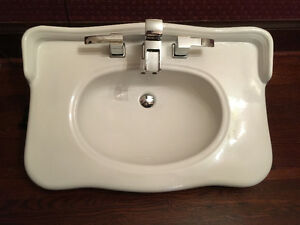 30 inch vanity sink with or without taps Cambridge Kitchener Area image 2