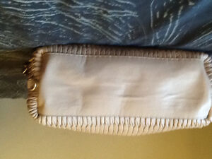 Authentic coach Madison gathered pleated leather, medium bag Kingston Kingston Area image 3