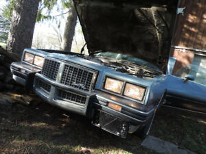 **AS IS** 1985 Pontiac Grand Prix LE Coupe (2 door)