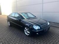 2005 05 Mercedes-Benz C220 2.1 CDI Avantgarde SE Black +Black Leather