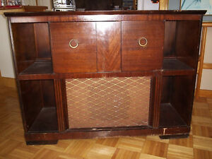 Meuble radio antique
