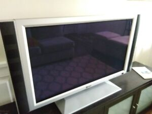 "42"" flat screen PLASMA TV+ ROGERS Explorer *1840 Box - Or Best O"