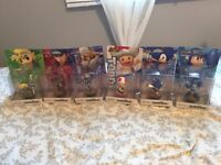 Selling assorted Amiibos
