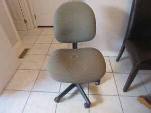 Made in Canada Computer/Office Chair Kitchener / Waterloo Kitchener Area image 1