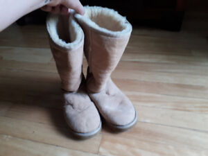 Brand new UGG boots in excellent condition