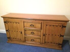 Large Solid Oak Traditional Furniture Storage Unit *REDUCED PRICE*