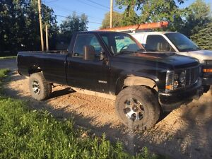 1988 GMC Sierra modified truck