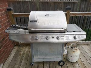 Propane BBQ with propane tank