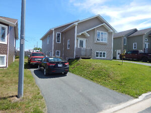 CONCEPTION BAY SOUTH: TOP FLOOR OF A 2 APARTMENT HOME