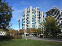 LUXURIOUS CONDO IN GATINEAU OVERLOOKING PARLIAMENT HILL & RIVER