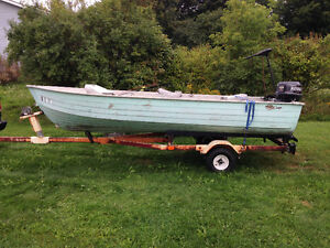 14 ft  ALUMINUM UTILTY BOAT