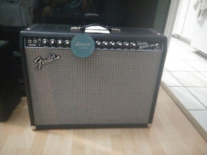 Fender '65 Twin Reverb Amp w/ Fender 2 Button Vintage Footswitch