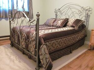 Pewter Double Bed - Head & Foot Frame West Island Greater Montréal image 5