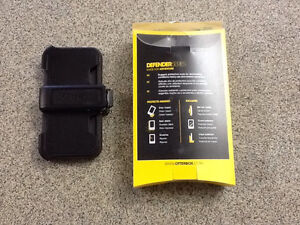 IPhone 5 & 5S Otter Box Defender Cornwall Ontario image 2