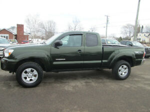 2012 Toyota Tacoma SR5  4X4 TRADE WELCOME