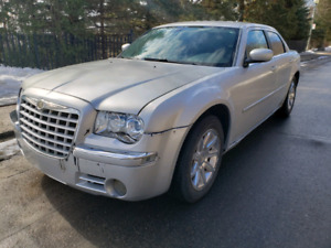 Limited With Hemi Equipment, Fully Equipped (Sunroof, Leather, R