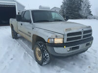 PRICE REDUCED AGAIN  2001 Dodge Ram 2500 laramie slt Pickup