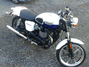 2014 Triumph Bonneville - Reduced