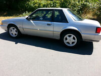 1993 Ford Mustang LX 5.0 Coupe (2 door)