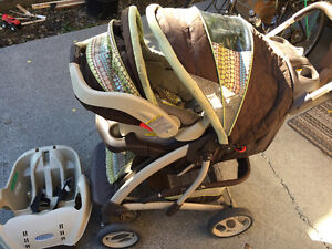 SnugRide Classic Connect Stroller w Car Seat & Cushioned Blanket