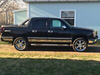 O4 Avalanche $5800 Chrome rims and tires not included