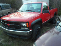 REDUCED!! PARTING OUT! 1996 GMC 4x4
