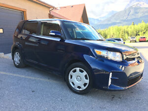 2013 Scion xB Hatchback (CLEAN CAR PROOF)