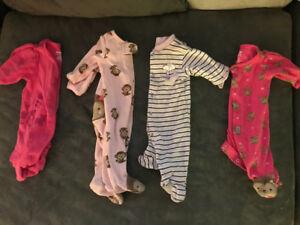 10 pyjamas fille NB et 0-3 mois