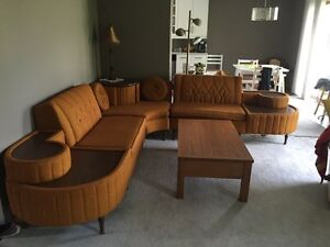 Retro Sectional couch