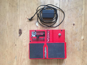 Digitech Whammy w/ free power supply