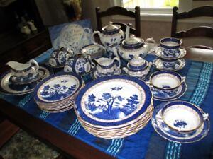 Booths Real Old Willow China Set
