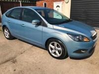 FORD FOCUS 1.6 TDCI ZETEC £30 A YEAR TAX 5 DOOR AIR CON HEATED SCREENS IN BLUE