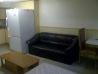 Room for Rent @Kipling and Finch( close to Albion Mall)