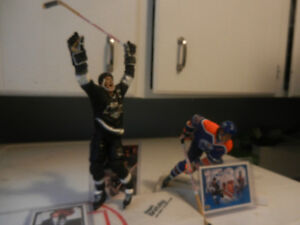 McFarlane Wayne Gretzky Statues/Figures Oilers,Kings Plus Lot 5