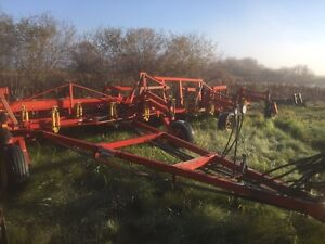 Bourgault 50' cultivator