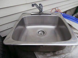 """Stainless Steel Kitchen Sink with Faucet  size 21""""L x 21""""W x 7"""""""