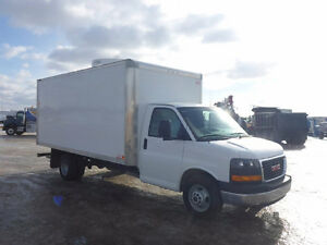2015 GMC Savana 3500 16FT Cube
