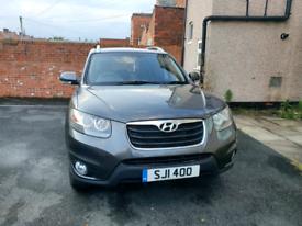 Hyundai Santa-Fe Premium Edition Automatic