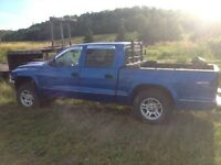 2001 Dodge Dakota for parts